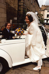 joanne & andy car1-small.jpg: 9574 bytes
